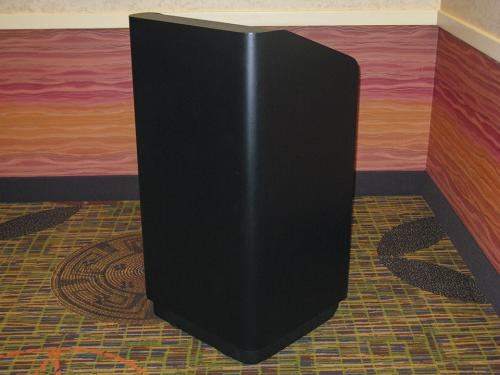 Podium-Black-Wood-angle