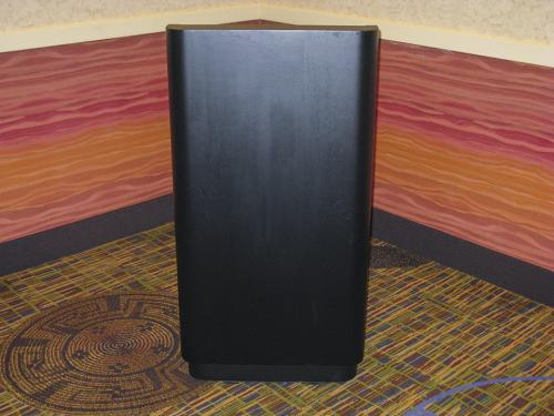 Podium-Black-Wood-straight